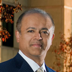 Author Abraham Verghese