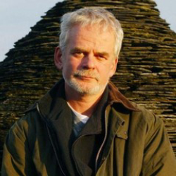 Author Andy Goldsworthy
