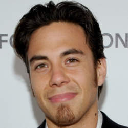 Author Apolo Ohno