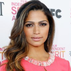 Author Camila Alves