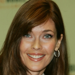 Author Carol Alt