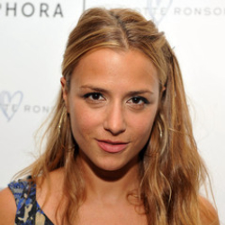 Author Charlotte Ronson