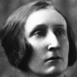 Author Edith Sitwell