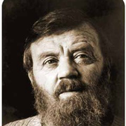 Author Farley Mowat