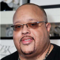 Author Fred Hammond