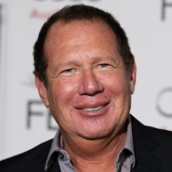 Author Garry Shandling