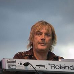 Author Geoff Downes