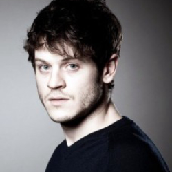 Author Iwan Rheon