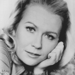 Author Juliet Mills