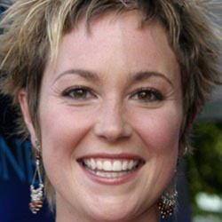 Author Kim Rhodes