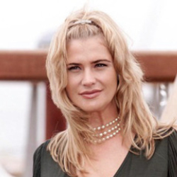 Author Kristy Swanson