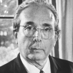 Author Leo Szilard