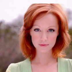 Author Lindy Booth