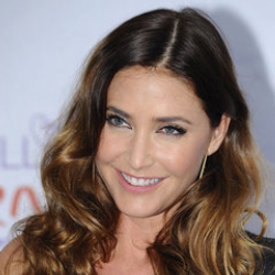 Author Lisa Snowdon