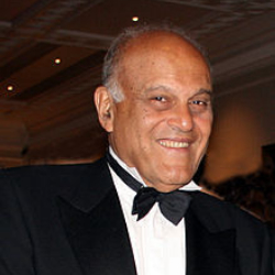 Author Magdi Yacoub