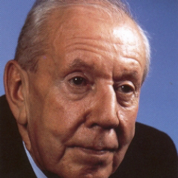 Author Malcolm Arnold