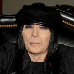 Author Mick Mars