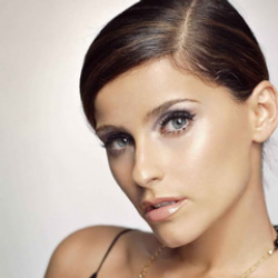 Author Nelly Furtado