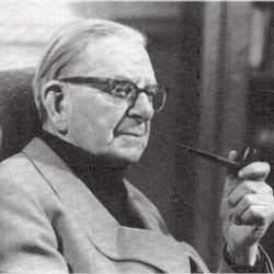 Author Neville Cardus
