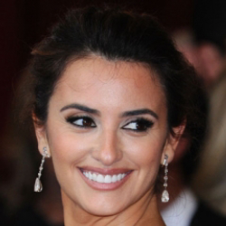 Author Penelope Cruz