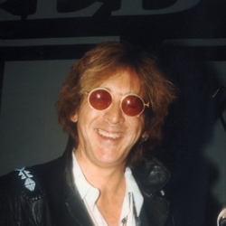 Author Peter Criss