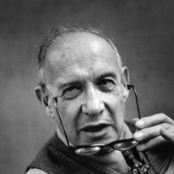 Author Peter Drucker