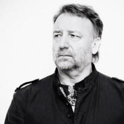 Author Peter Hook