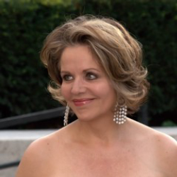 Author Renee Fleming