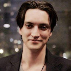 Author Richard Harmon