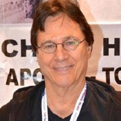 Author Richard Hatch