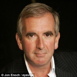 Author Robert Harris