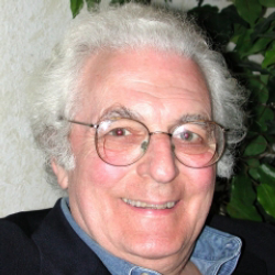 Author Robert Moog