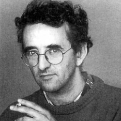 Author Roberto Bolano
