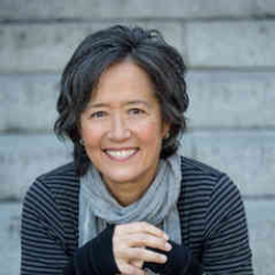 Author Ruth Ozeki