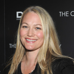 Author Sarah Wynter