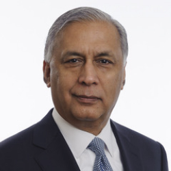Author Shaukat Aziz