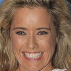 Author Tea Leoni