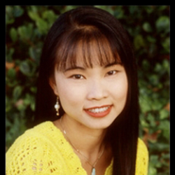 Author Thuy Trang
