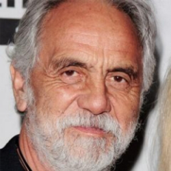 Author Tommy Chong