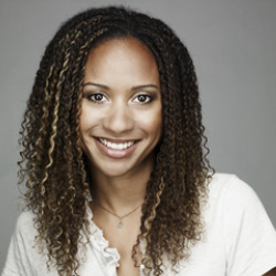 Author Tracie Thoms