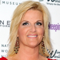 Author Trisha Yearwood