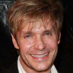 Author Vic Mignogna