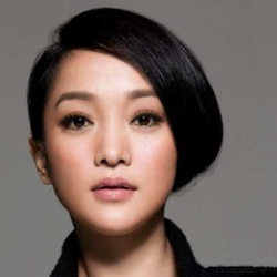 Author Zhou Xun
