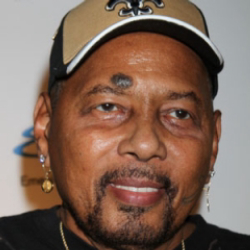 Author Aaron Neville