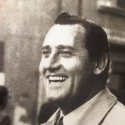 Author Alberto Sordi