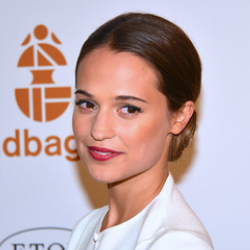 Author Alicia Vikander
