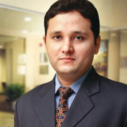 Author Amish Tripathi