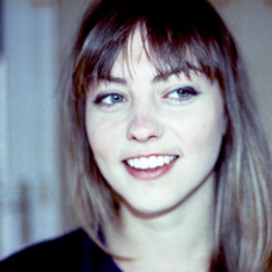 Author Angel Olsen