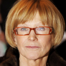 Author Anne Robinson