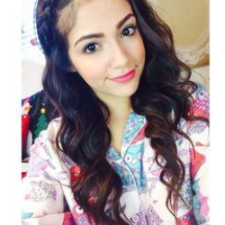 Author Bethany Mota